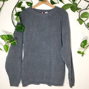 Vintage heavy cable knit grey sweater oversized